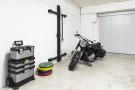 Schließbare an der Wand montierte Garagenregalstation