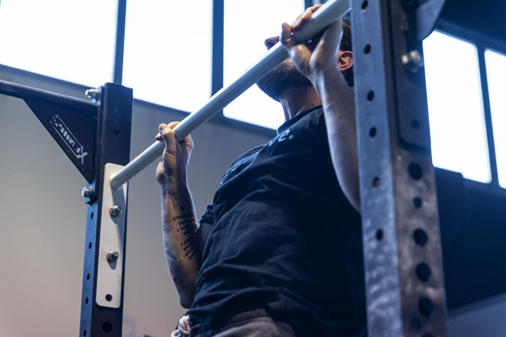 Barra Muscle Up con Grip Extra (168cm)