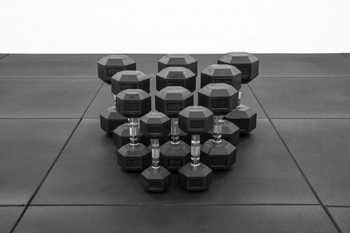 SERIE ESSENTIALS - Mancuerna Hexagonal de Goma